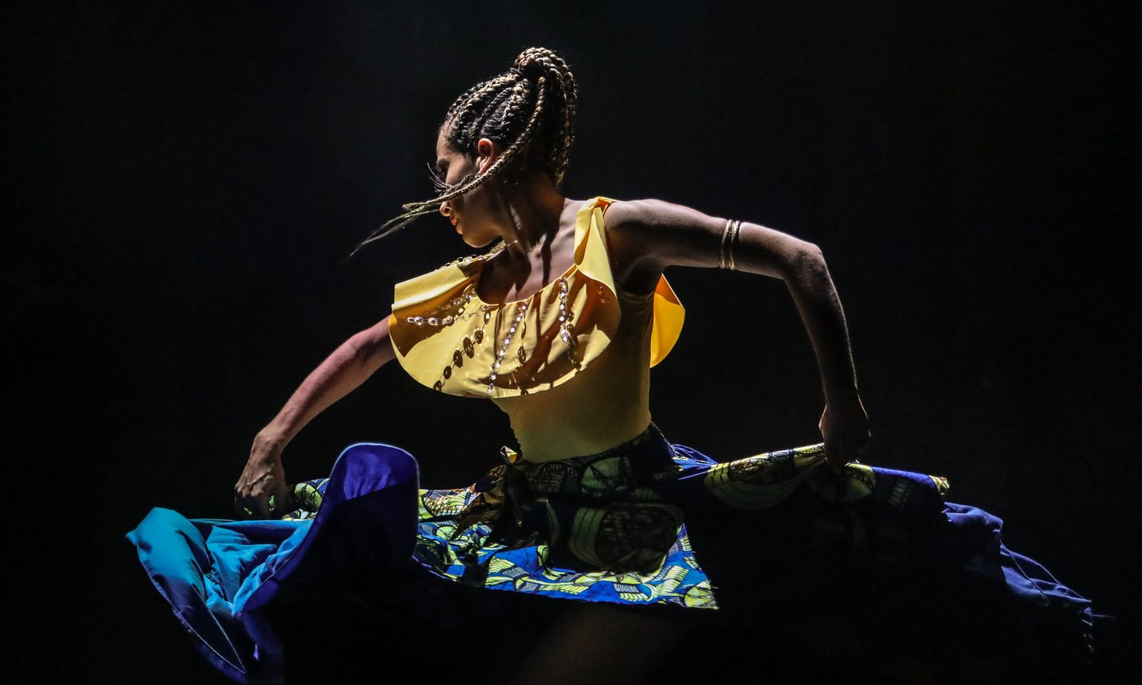 Comtra-Tiempo, 2017 NALAC Fund for the Arts Grantee