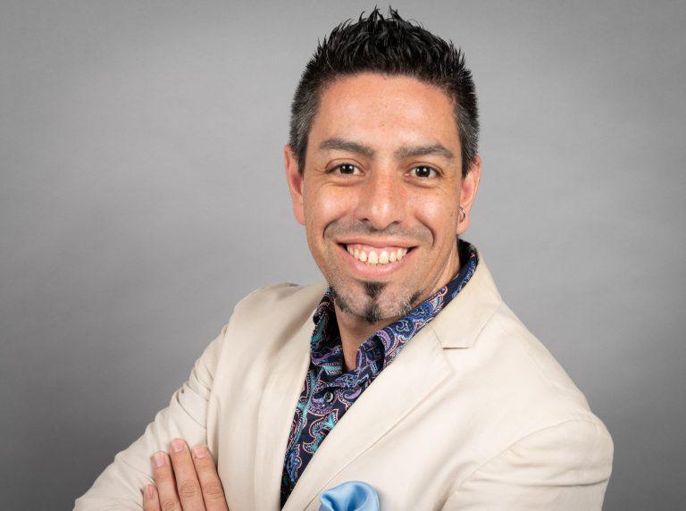 Bernardo Vallarino, 2019 NALAC Leadership Insitute Fellow